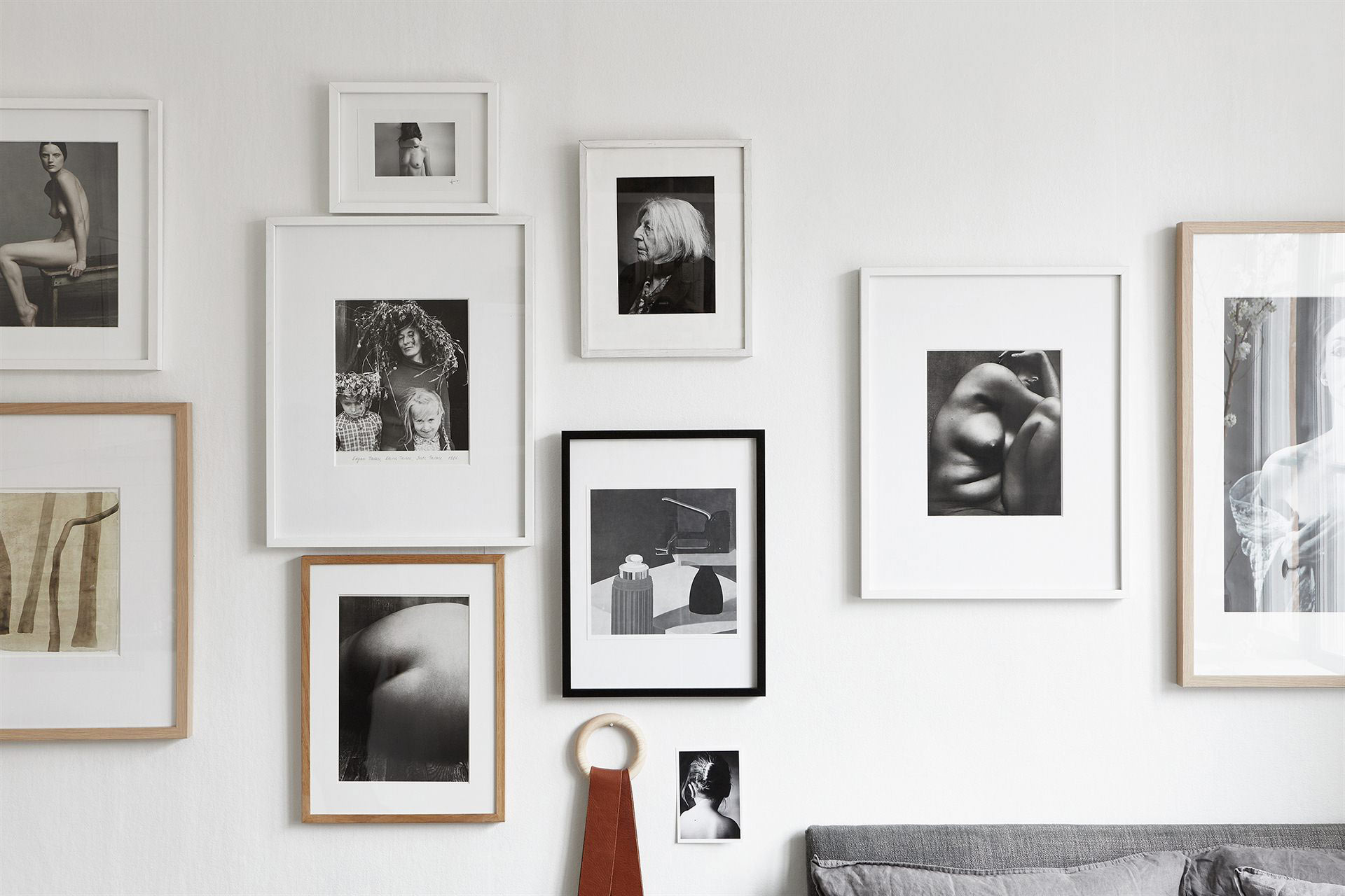 How to style your home with picture frames